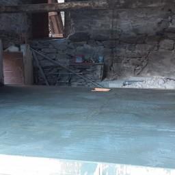 macons-saint-jean-de-maurienne-planche-hourdis-avec-lescalier