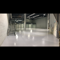 travaux-renovation-paris-8e-arrondissement-realisation-de-pose-de-resine-epoxy-sol